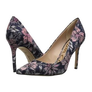 Sam Edelman Navy Floral pumps